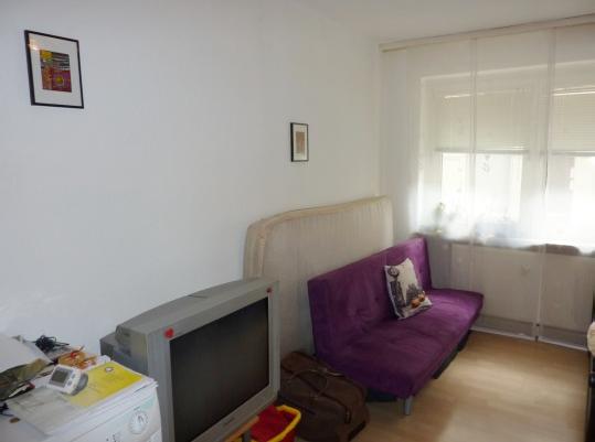 1 zimmerwohnung in wuppertal oberd rnen 37 nur f r darlehen ab laufzeit 2 jahre. Black Bedroom Furniture Sets. Home Design Ideas